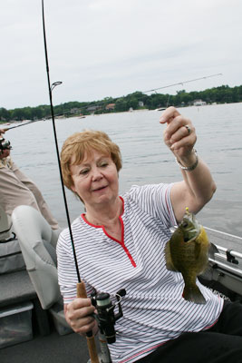mom panfishing