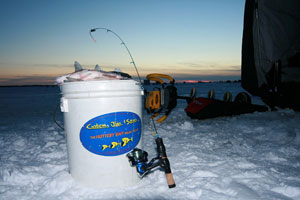 ice fishing bucket